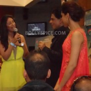 13aug CE Feltham34 185x185 Shah Rukh Khan and Deepika Padukone meet fans at Cineworld Feltham Exclusive Report