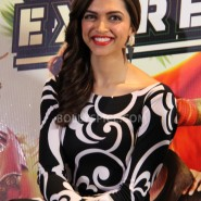 13aug CEintrvw Deepika SRK06 185x185 Riding the Chennai Express with Shah Rukh Khan and Deepika Padukone in London!