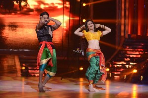 13aug JDJWk13 08 300x200 Jhalak Dikhhla Jaa 6: The Journey of The Top 4