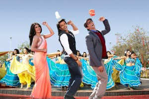 13aug Krrish3 Still09 300x200 All eyes on weekdays for Krrish 3