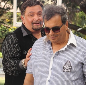 13aug RishiKapoor Kaanchi 300x298 Subhash Ghai dances with Rishi Kapoor on the sets of Kaanchi