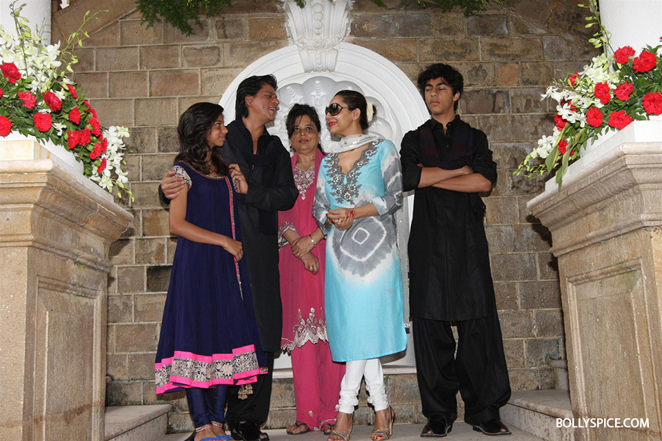 13aug_SRK-Eid03