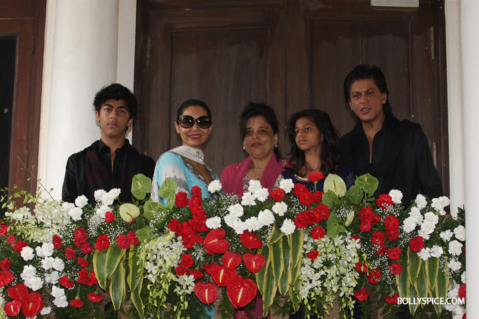 13aug SRK Eid08 I can't stop smiling, so I don't know. Until I stop smiling, till then I think the excitement hasn't settled down   Shah Rukh Khan