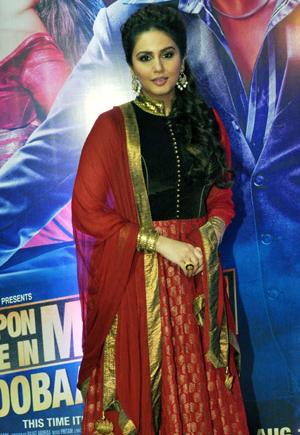 13aug ektaiftaar huma Whos Hot Whos Not: Ekta Kapoor's Iftar Bash