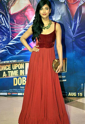 13aug ektaiftaar shruti Whos Hot Whos Not: Ekta Kapoor's Iftar Bash
