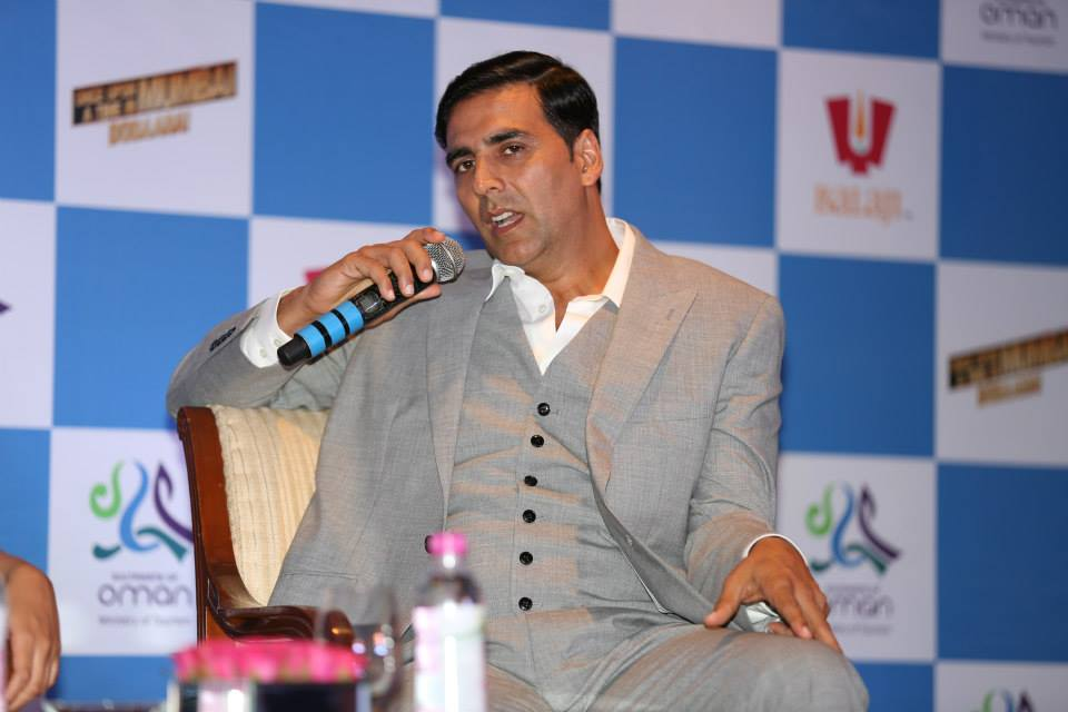 OmanOUATIMD02 In Pictures: Akshay, Imran & Sonakshi at the Once Upon A Time in Mumbai Dobaara Oman Tourism Press Conference