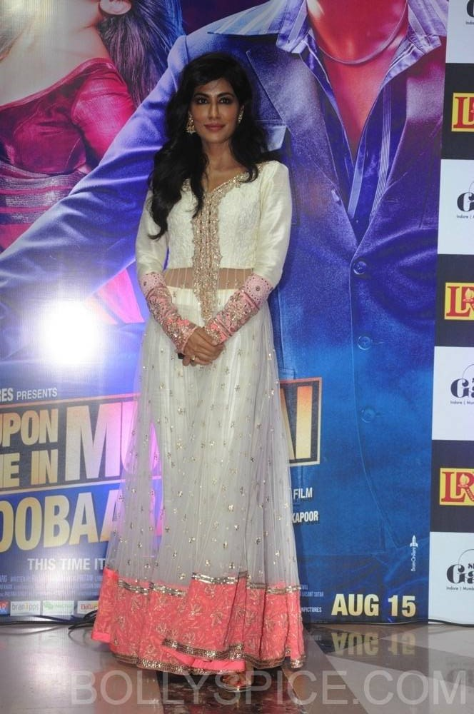 ouatimdiftaarparty37 e1376090125946 IN PICTURES: Celebs at the Once Upon A Time in Mumbai Dobaara Iftaar Party