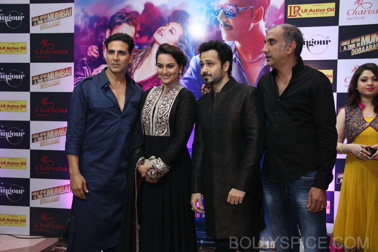 ouatimdiftaarparty50 IN PICTURES: Celebs at the Once Upon A Time in Mumbai Dobaara Iftaar Party