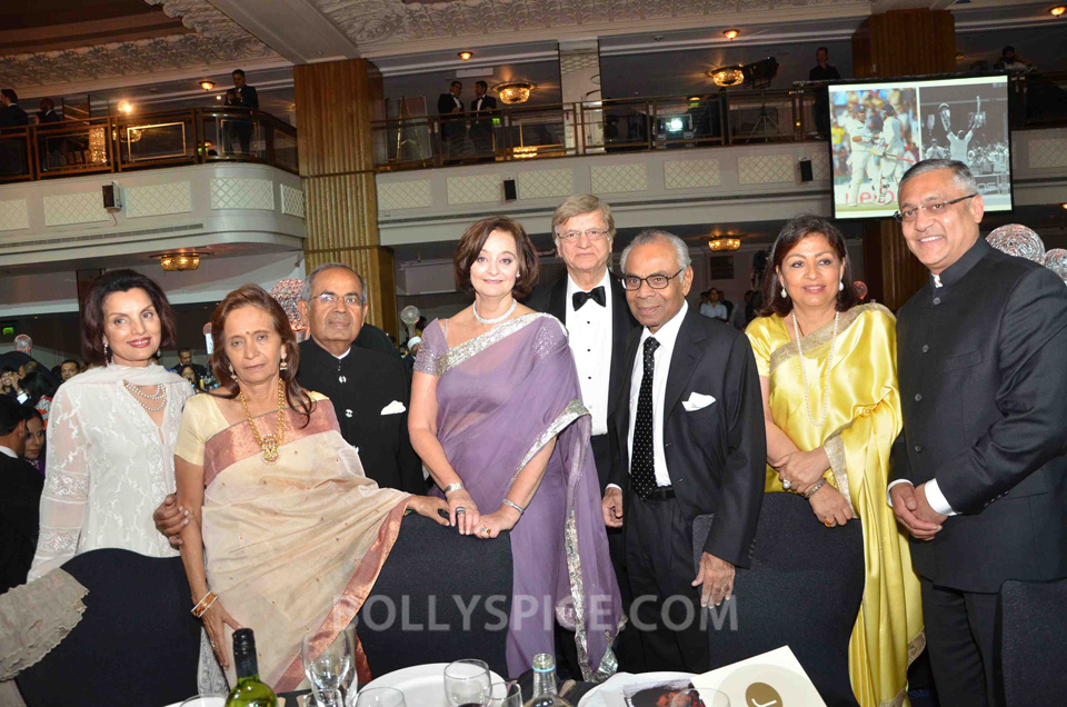 13sep AAA2013 04 Pride of the Asian Community honoured at Asian Achievers Awards 2013 – the People's Awards