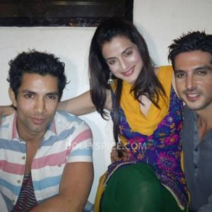 13sep DesiMagic Patiala 300x300 Cast of Desi Magic shoot in Patiala