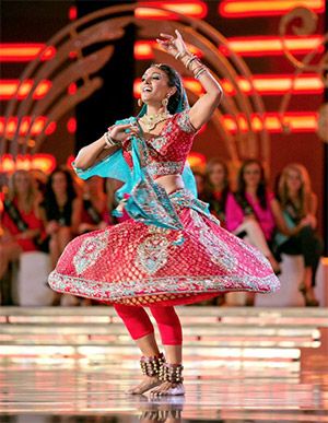 14sep miss america 2014 02 Miss America 2014 Nina Davuluri Ignores the Racism and Celebrates Diversity