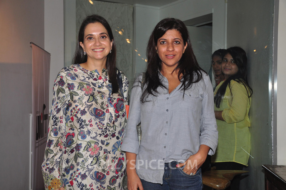 13oct Anupama ZoyaBook03 Anupama Chopra in conversation with Zoya Akhtar for her book launch