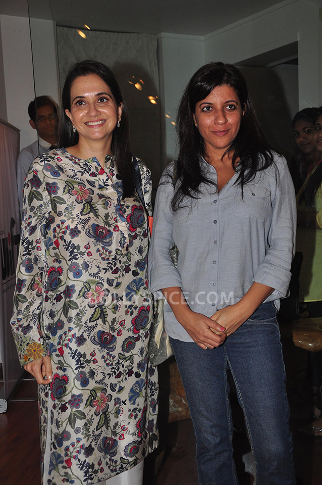 13oct Anupama ZoyaBook04 Anupama Chopra in conversation with Zoya Akhtar for her book launch