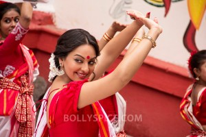 "13oct BullettRaja still04 300x200 ""I truly believe Im in the right place at the right time,"" says Sonakshi Sinha about Bullett Raja"