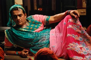 13oct BullettRaja still07 300x200 Ravi Kishan dons a womans avatar in Tigmanshu Dhulias Bullett Raja