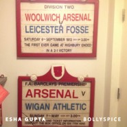 13oct EshaGupta Arsenal06 185x185 Esha Gupta enjoys London and turns photographer for a day!