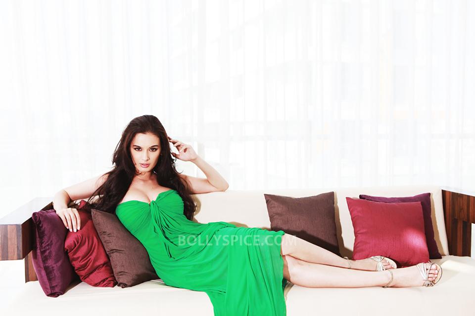 Indian actress nude photos wwwdesikamapisachicom - 1 7