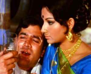 13oct FM28 AmarPrem02 300x243 FRAMING MOVIES Special Edition: Twenty Eight: Amar Prem (1972)