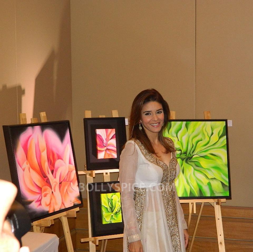 13oct HemaMalini SarvamShashvatam07 Hema Malini inaugurates Art and Couture exhibition Sarvam Shashvatam