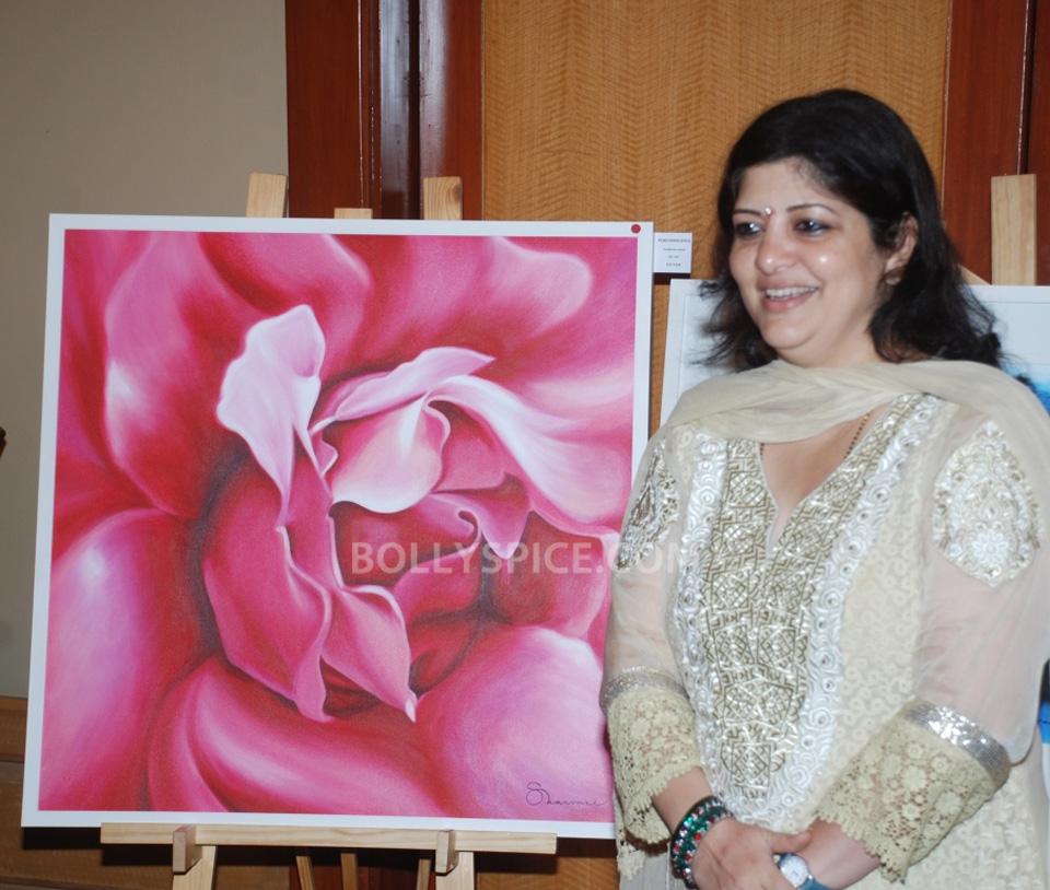 13oct HemaMalini SarvamShashvatam08 Hema Malini inaugurates Art and Couture exhibition Sarvam Shashvatam