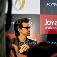 13oct Hrithik JoyAlukkas Krrish02 185x185 IN PICTURES: Hrithik Roshan promoting with Joyalukkas Krrish 3 in Ahmedabad, Gujarat