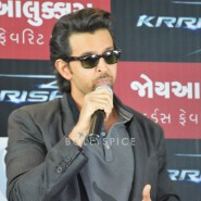 13oct Hrithik JoyAlukkas Krrish16 185x185 IN PICTURES: Hrithik Roshan promoting with Joyalukkas Krrish 3 in Ahmedabad, Gujarat