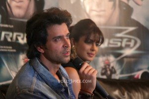 (Click on Image) Hrithik Roshan and Priyanka Chopra promoting Krrish 3 in London