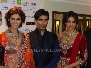 13oct Manish Bipasha Esha01 300x225 Manish Malhotra celebrated 100 years of Indian Cinema at the ARTiculate Pratham Ball 2013