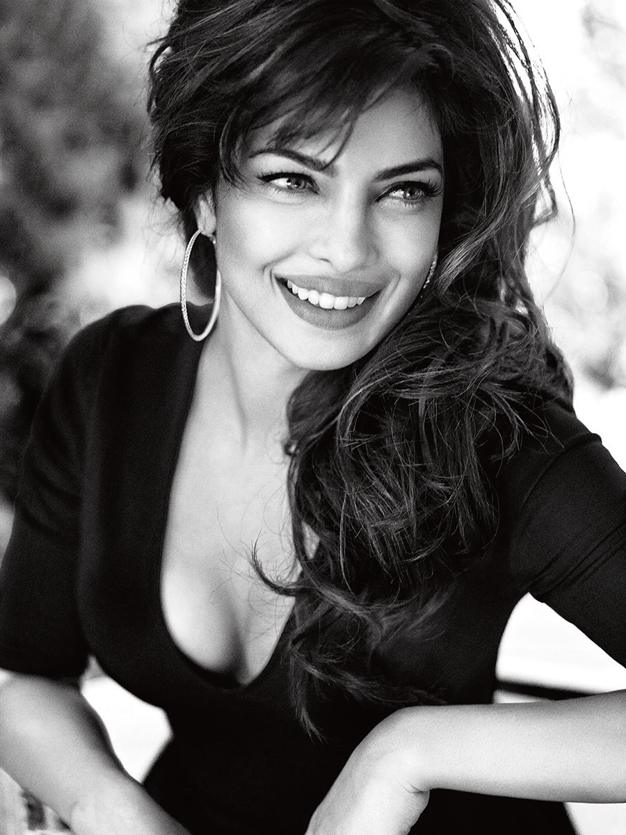 13oct Priyanka Guess06 Priyanka Chopra the new GUESS girl!
