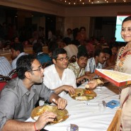 13oct Rani Bhog09 185x185 IN PICTURES: Rani Mukerji and Kajol serves bhog at North Bombay Sarbojanin Durga Puja
