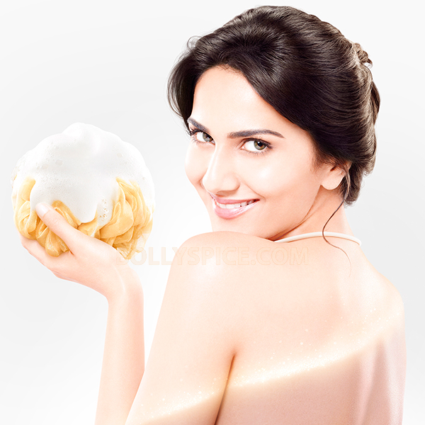 13oct VaaniKapoor LuxNewFace Vaani Kapoor   the new face of brand Luxs body wash range