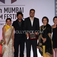 13oct mumbaiffclosing 11 185x185 LA JUALA DE ORO and KATIYABAAZ bag top honors at 15th Mumbai Film Festival