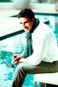 13nov Akshay Diwali 200x300 Akshay Kumar wishes his fans Happy Thanksgiving