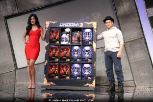 13nov D3marchadise02 300x199 Aamir Khan and Katrina Kaif launch Dhoom 3 official merchandise & technology products