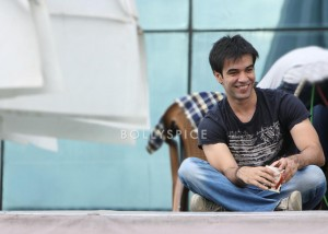 13nov GTPM PunitMalhotra 300x214 More on Gori Tere Pyaar Mein!