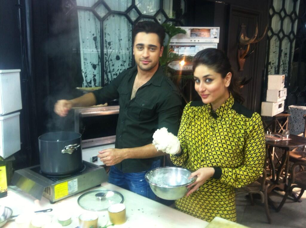 13nov ImranKareenaCookingGTPM Imran and Kareena try their hand at cooking for Gori Tere Pyaar Mein