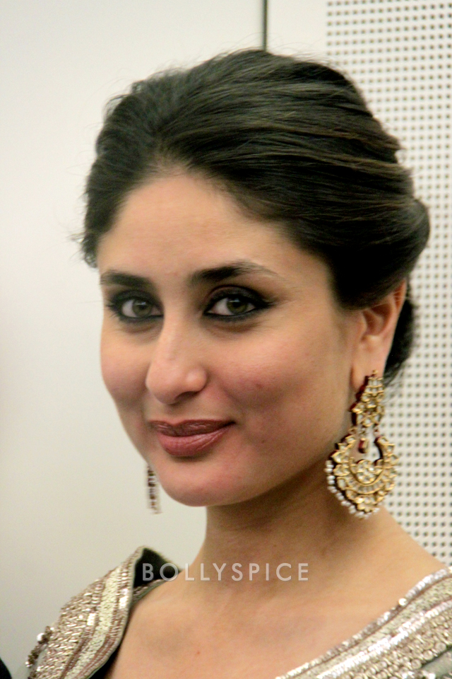 13nov Kareena HouseofCommons01 Kareena Kapoor honoured at House of Commons