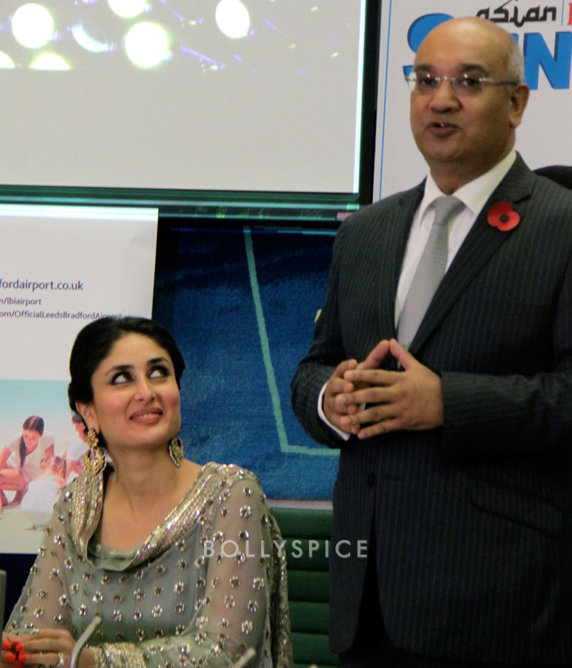 13nov Kareena HouseofCommons04 Kareena Kapoor honoured at House of Commons