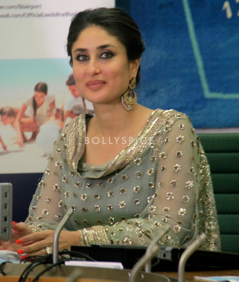 13nov Kareena HouseofCommons06 Kareena Kapoor honoured at House of Commons