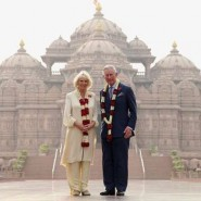 13nov PrinceCharlesCamillaIndia09 185x185 Prince Charles and the Duchess of Cornwall's Trip to India has more than one message