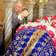 Prince Charles at the Haji Ali Mosque