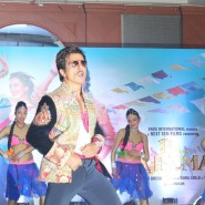 13nov RRajkumar MusicLaunch15 185x185 Shahid and Sonakshi launch R…Rajkumar's music