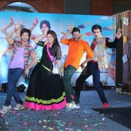 13nov RRajkumar MusicLaunch29 185x185 Shahid and Sonakshi launch R…Rajkumar's music