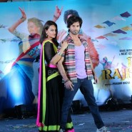 13nov RRajkumar MusicLaunch33 185x185 Shahid and Sonakshi launch R…Rajkumar's music