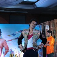 13nov RRajkumar MusicLaunch40 185x185 Shahid and Sonakshi launch R…Rajkumar's music