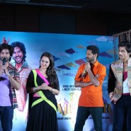13nov RRajkumar MusicLaunch48 185x185 Shahid and Sonakshi launch R…Rajkumar's music