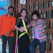 13nov RRajkumar MusicLaunch57 185x185 Shahid and Sonakshi launch R…Rajkumar's music