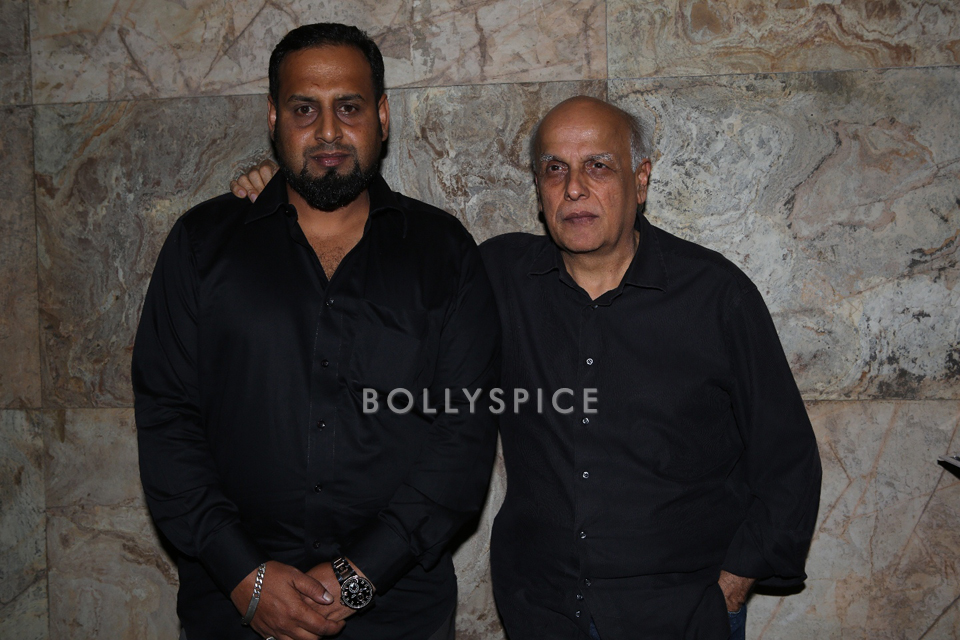 13nov YaRab MaheshBhatt02 Mahesh Bhatt makes a special appearance at Ya Rab screening