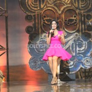 13nov dhoom3launch 09 185x185 Aamir and Katrina launch Dhoom 3 title song