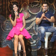 13nov dhoom3launch 32 185x185 Aamir and Katrina launch Dhoom 3 title song